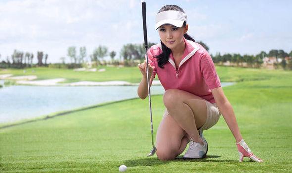 women-golfers-deemples