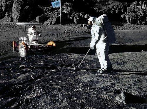 golf-on-the-moon