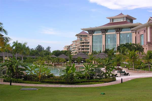 The-Empire-Hotel-&-Country-Club