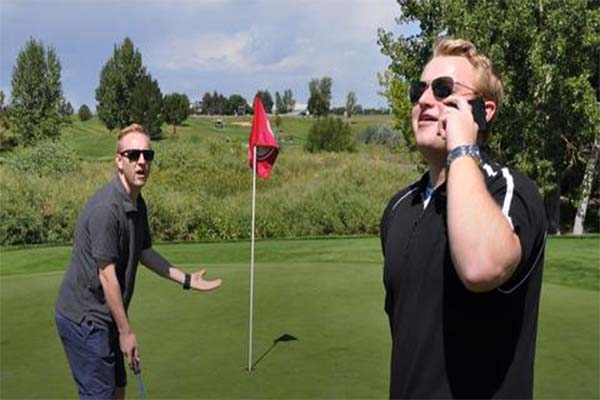 Do-Not-Disturb-golf-101-basics-of-golfing