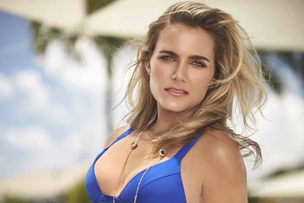 Lexi-Thompson-10-hottest-women-in-golf