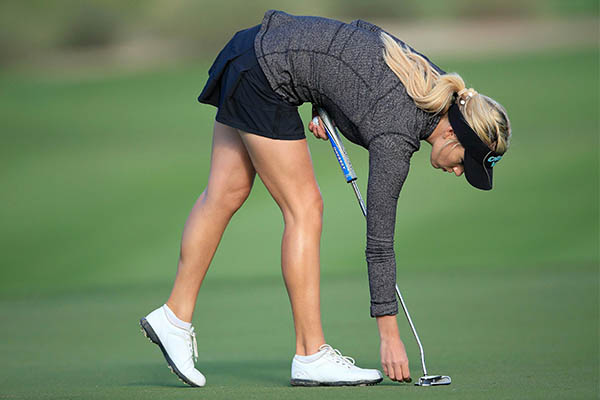 bottoms-golf-attire-for-women